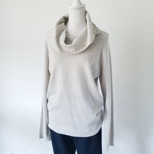 Simply Styled Metallic Thread Cowl Neck M